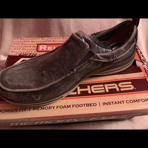 Men's relaxed fit Sketchers